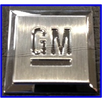 BADGE GM MARK OF EXCELLENCE 30mm x 30mm