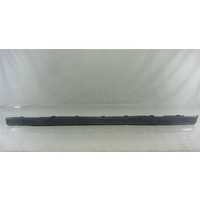 SILL SIDE SKIRT PLASTIC LEFT HAND JS VECTRA SEDAN & WAGON ALSO (HATCH UP TO X7087218) RETAIL $472