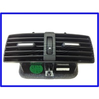 CONSOLE REAR AIR VENT ASSEMBLY VE WM